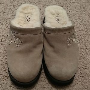New without box Ugg Mules/clogs size 7